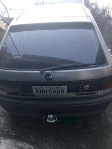 Chevrolet Astra ano 1995 Cor Cinza precisa mexer no motor