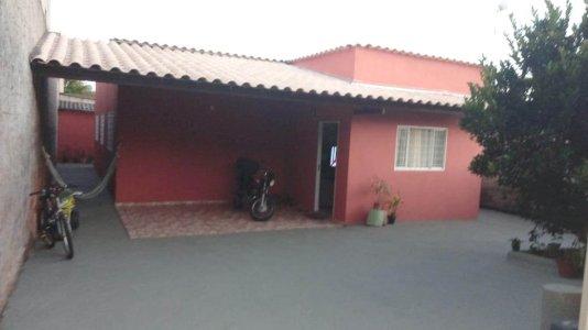 Lindíssima Casa com 03 dormitórios no Bairro Liberdade Santa Luzia