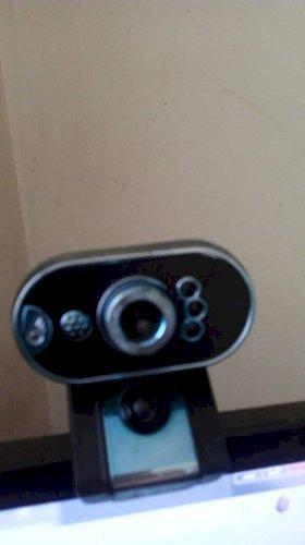 Webcam semi-nova usado poucas vezes por R$40,00