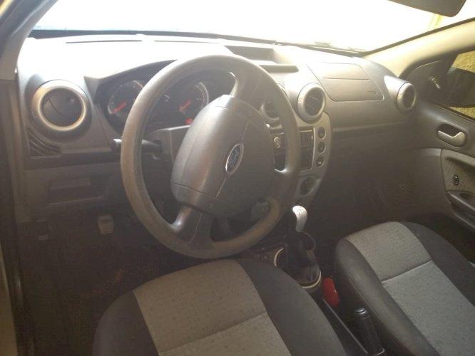 Ford Fiesta sedã Class 1.6 Ano 2012 flex Troco ou Vendo por lote terreno