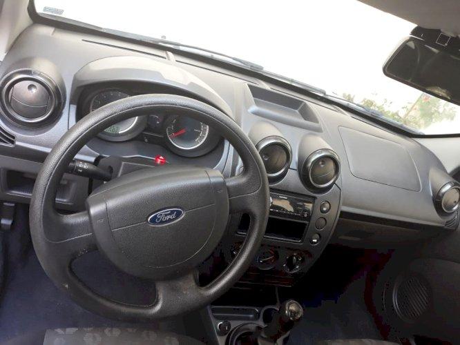 Ford Fiesta 1.0 Hatch Flex ano 2012/2012