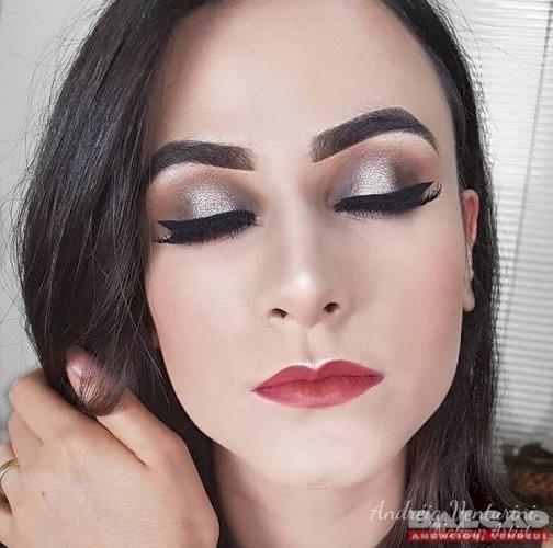 Curso Maquiagem na Web  100% ONLINE