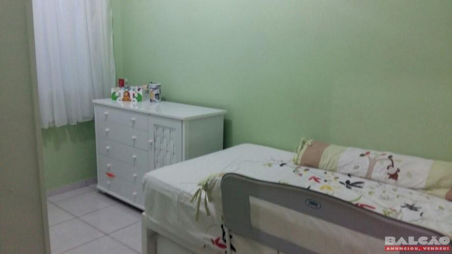 Linda casa no Asteca com 3 quartos, 2 banheiros e 1 vaga de garagem